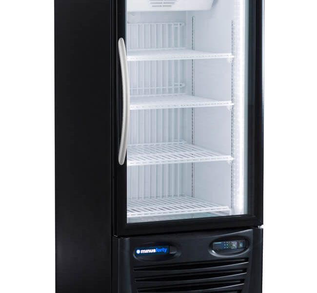 GLASS DOOR UPRIGHT REFRIGERATOR MERCHANDISER